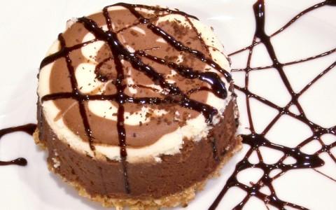 Tort Tiramisu pentru masa de Anul Nou